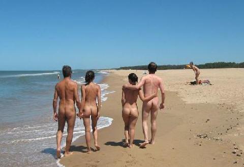 Fotos: Vacaciones en Helio-Marin, un centro nudista de